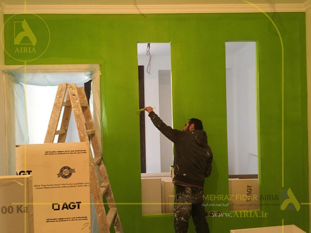 رنگ آمیزی دیوارها در بازسازی و اجرای دکوراسیون داخلی اتاق حسابداری دفتر کار در تهران - الهیه