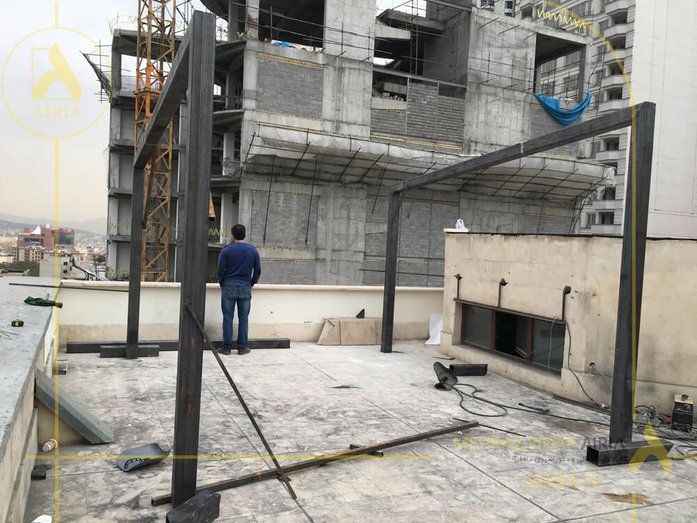 ساخت و جوشکاری اسکلت آلاچیق شیشه ای در اجرای روف گاردن در تهران خیابان مریم شرق