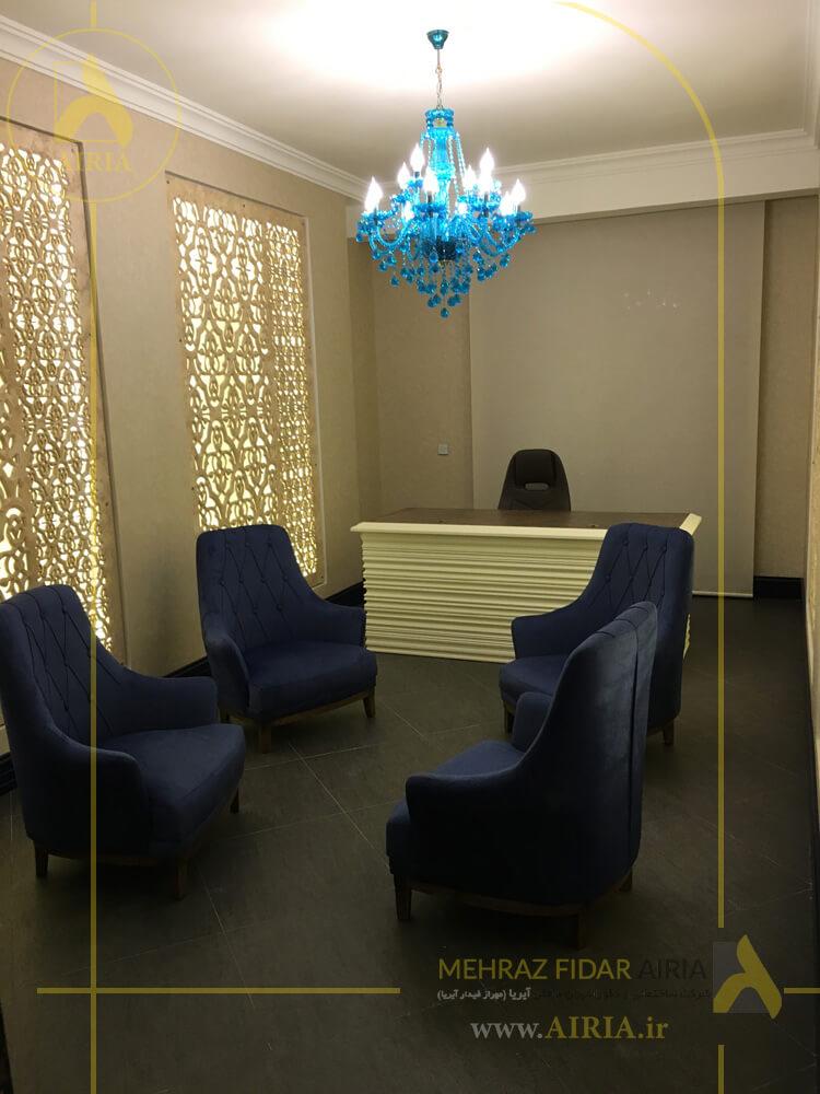 چیدمان اتاق جلسات در اجرای دکوراسیون داخلی دفتر کار در تهران - الهیه