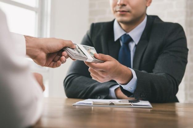 دستمزد پیمانکار در قرارداد مدیریت پیمان دستمزدی