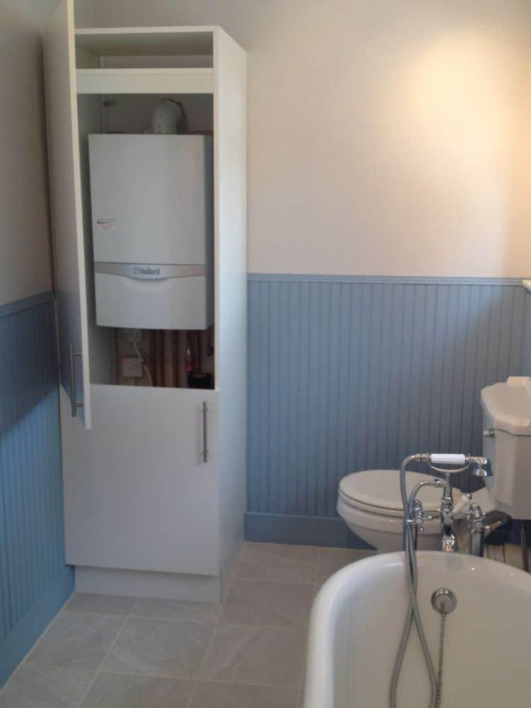 قراردادن پکیج در حمام یکی از اشتباهات تأسیساتی خطرناک در بازسازی ساختمان