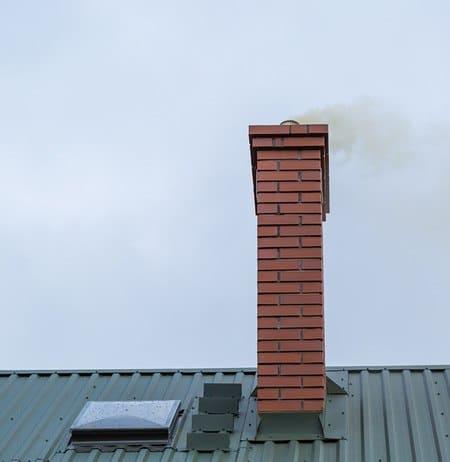 لوله های دودکش موتورخانه، پکیج، شومینه و بخاریها یکی از اشتباهات تأسیساتی خطرناک در بازسازی ساختمان
