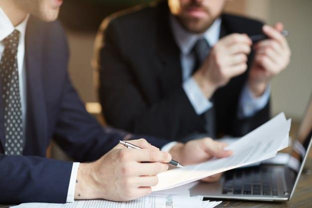 با بیش از یک فرد یا شرکت متخصص بازسازی مشورت نمایید