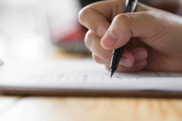 انتخاب و عقد قرارداد بازسازی مناسب قبل از بازسازی