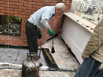 بازسازی و تعمیر ایزوگام پشت بام بعنوان تعمیرات جزئی در بازسازی بحساب می آید