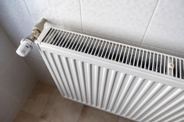 رادیاتورها هم در زمان کنترل تأسیسات قبل از بازسازی باید کنترل شوند