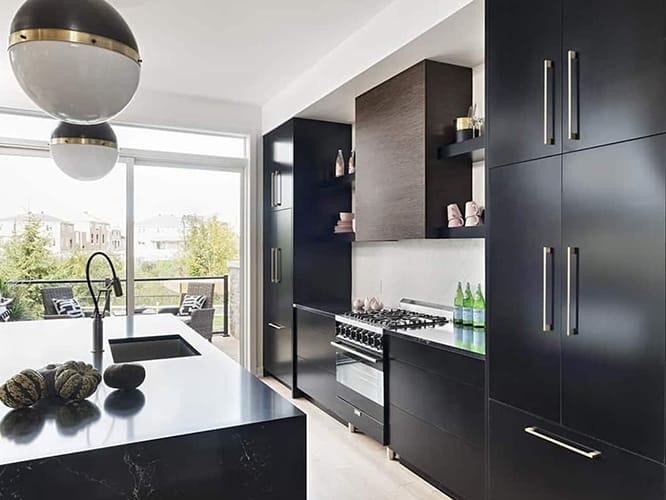 کابینت آشپزخانه سیاه